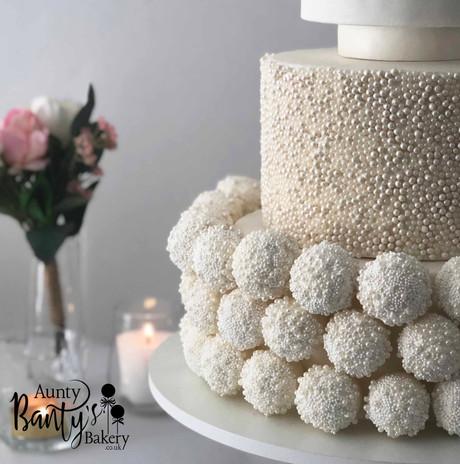 Pearl Drip Wedding Cake Image 7 with Log