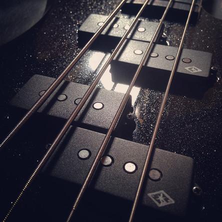 Custom 4-String Double P Bass Set