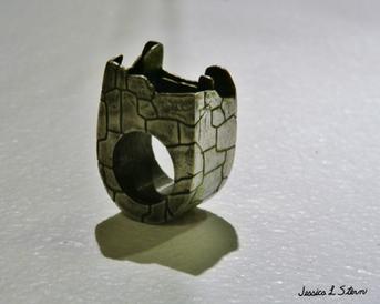 Inca Walls Hollow Ring