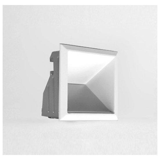 W200 Cube