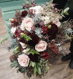 Pour Sarah, un bouquet romantique cascad