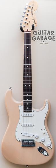 2007 Fender USA Highway One Honey Blonde Nitro Stratocaster