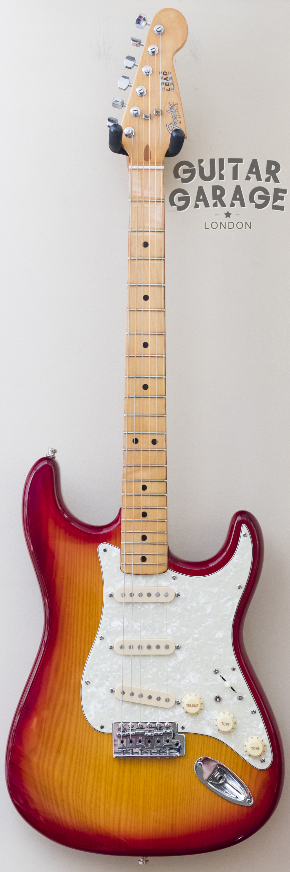 Lead I Sienna Burst Stratocaster