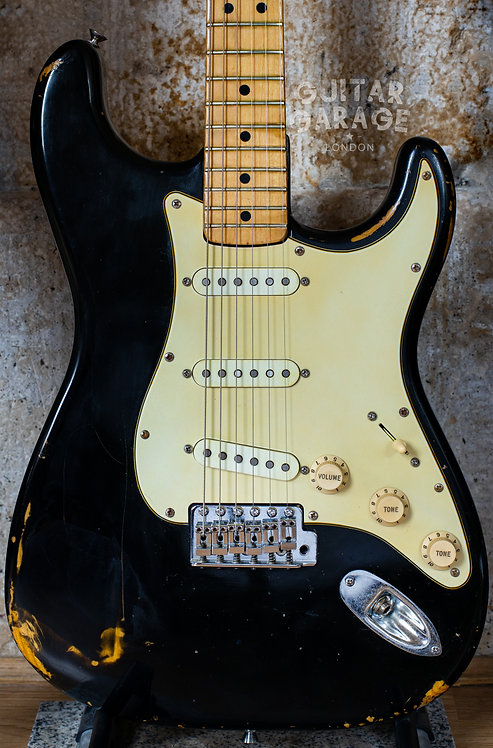 Fender Stratocaster - USA - Black Road Worn - Maple neck (1976/1974)