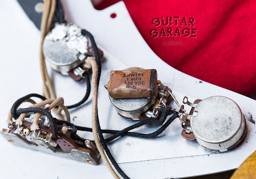 Fender Stratocaster electronics wiring