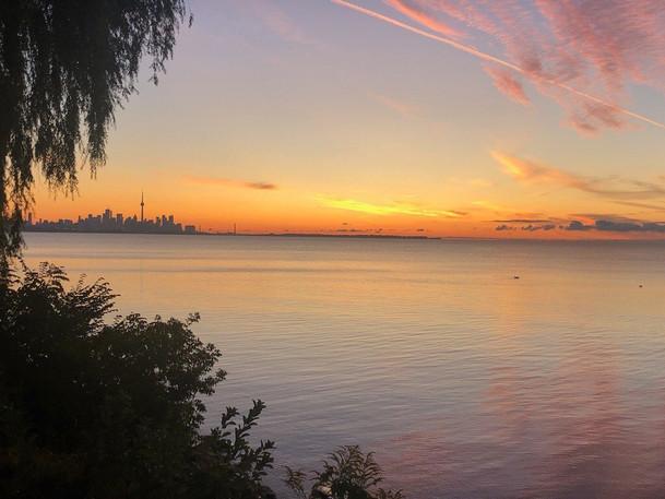 Chateau_Bordeleau_TorontoSkyline.jpg
