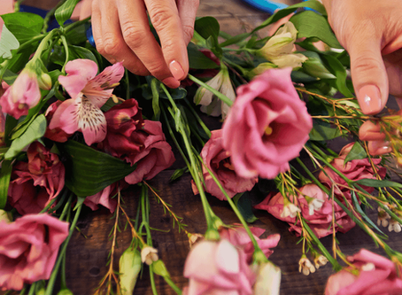 Different Methods of Preserving or Drying Flowers