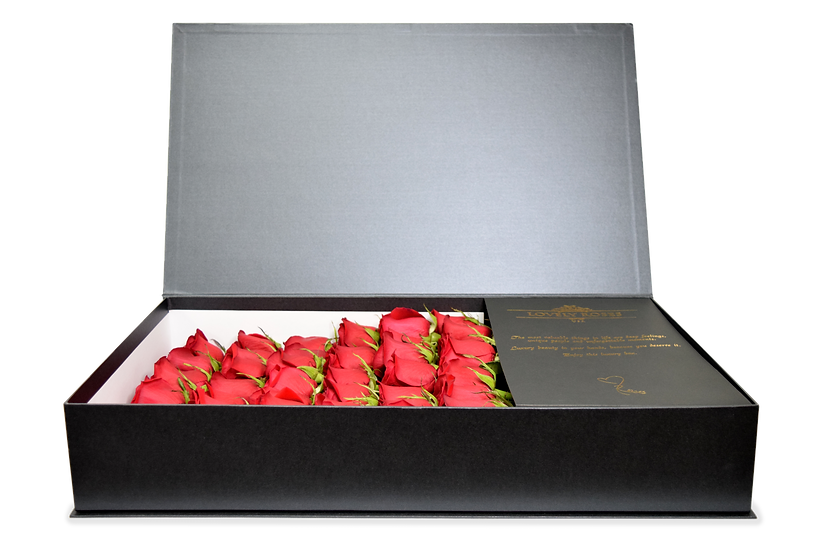 Original Celebrity Box Natural Red Roses / DELIVERY ONLY IN MIAMI