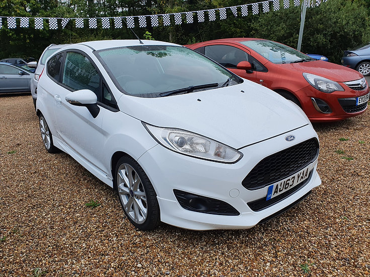2013 Ford Fiesta 1.0 EcoBoost Zetec S (s/s) 3dr *SOLD*