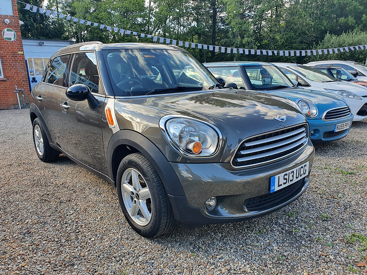 2013 MINI Countryman 1.6 Cooper (Pepper) 5dr *SOLD*