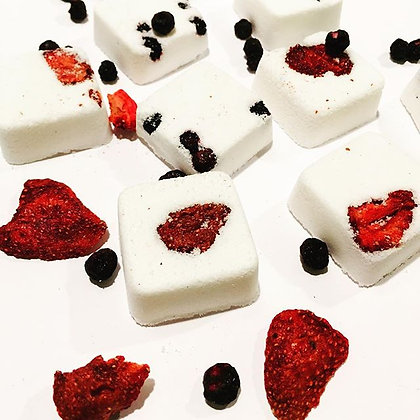 Berries and Cream Mini bath bomb cubes