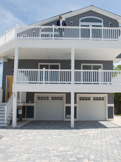 283 North 7th St, Surf City