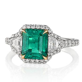 Emerald (Col.) Three Stone Ring