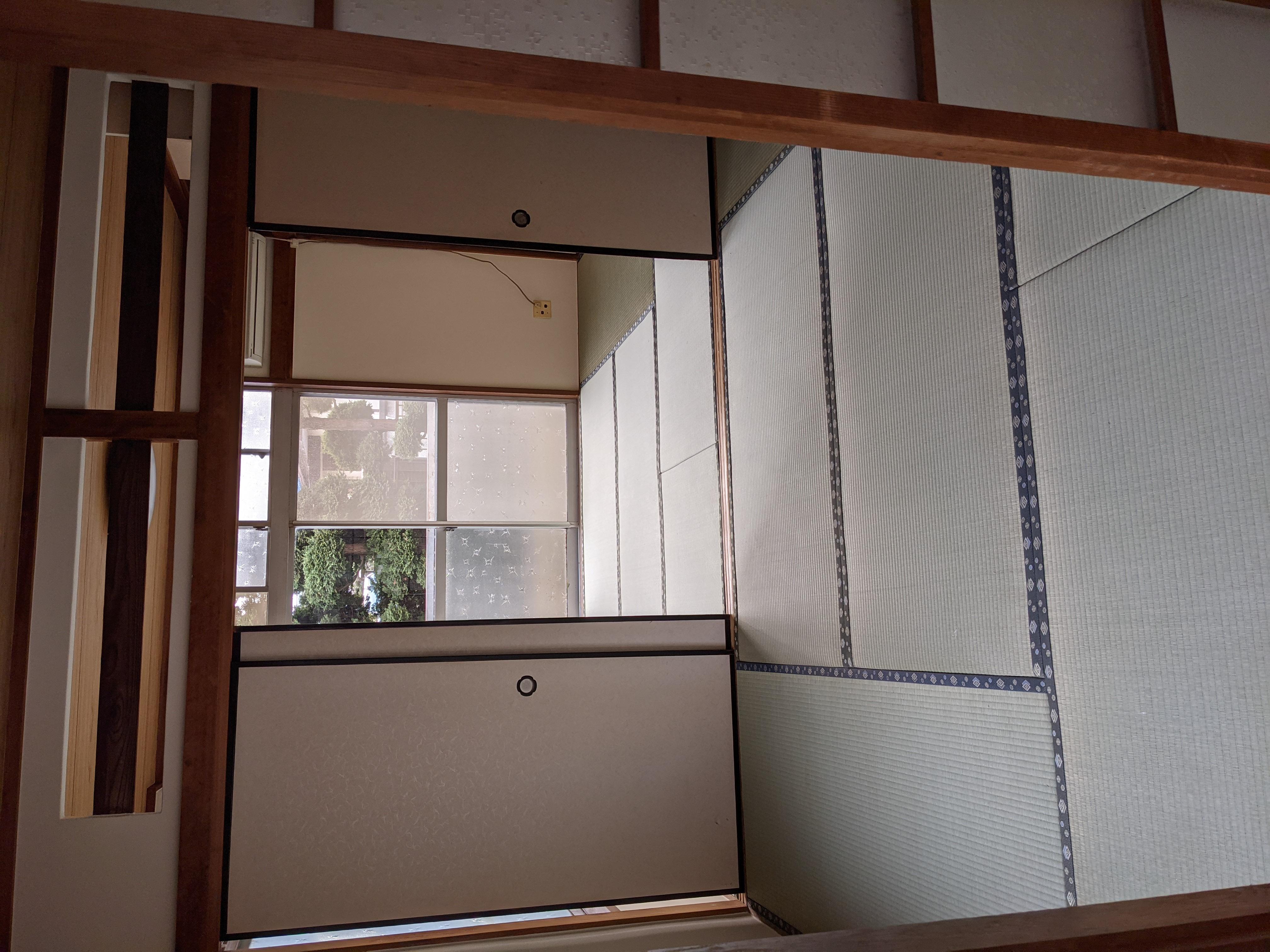 アパート 101号室(ほぼ空部屋)6畳和室2部屋
