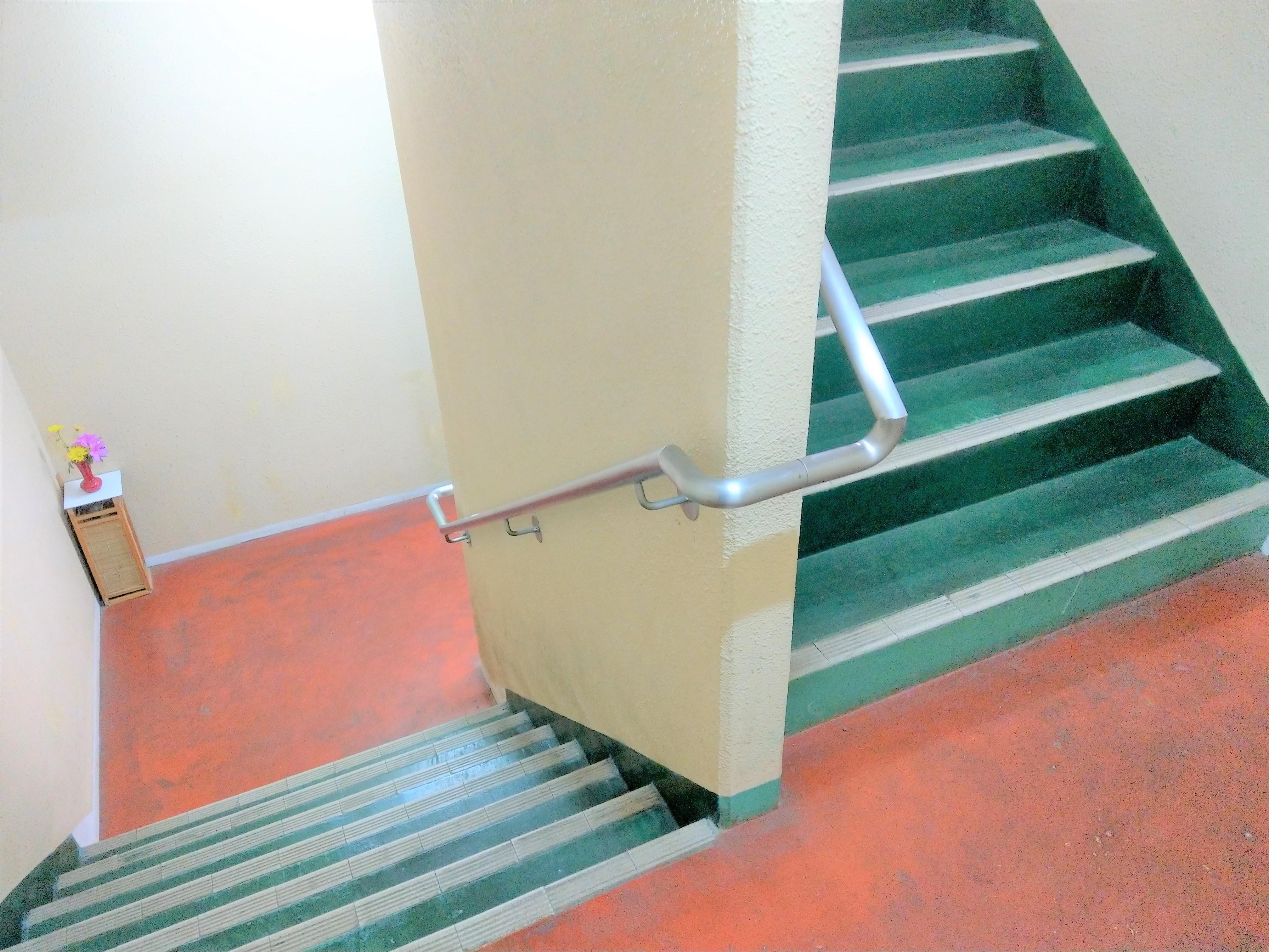 マンション共用部分 階段