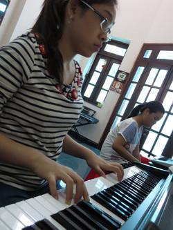 Học viên Piano Trúc Nguyên