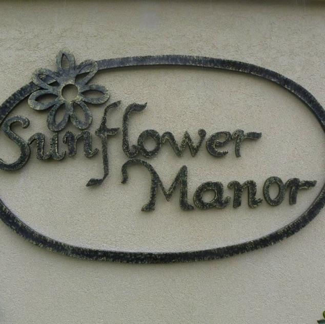 Sunflower Manor