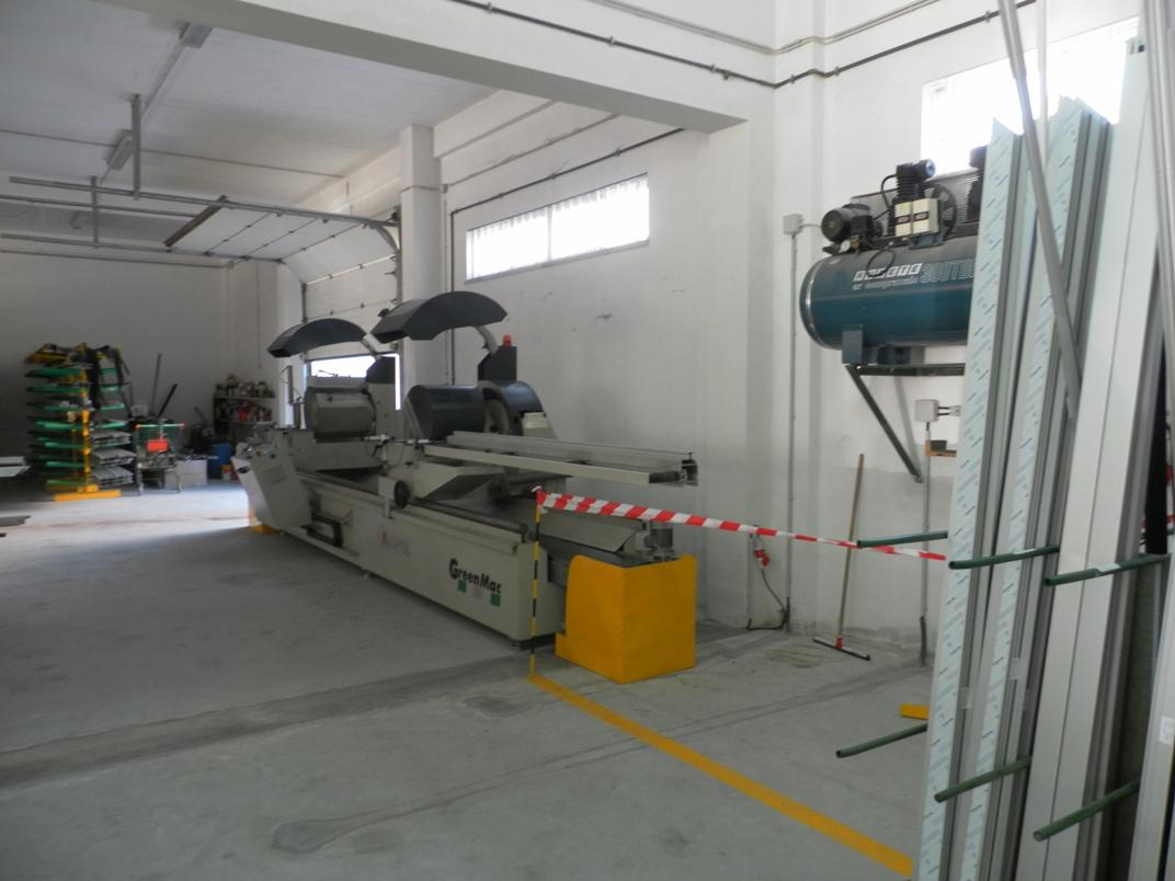Máquina de corte de 2 cabeças CNC