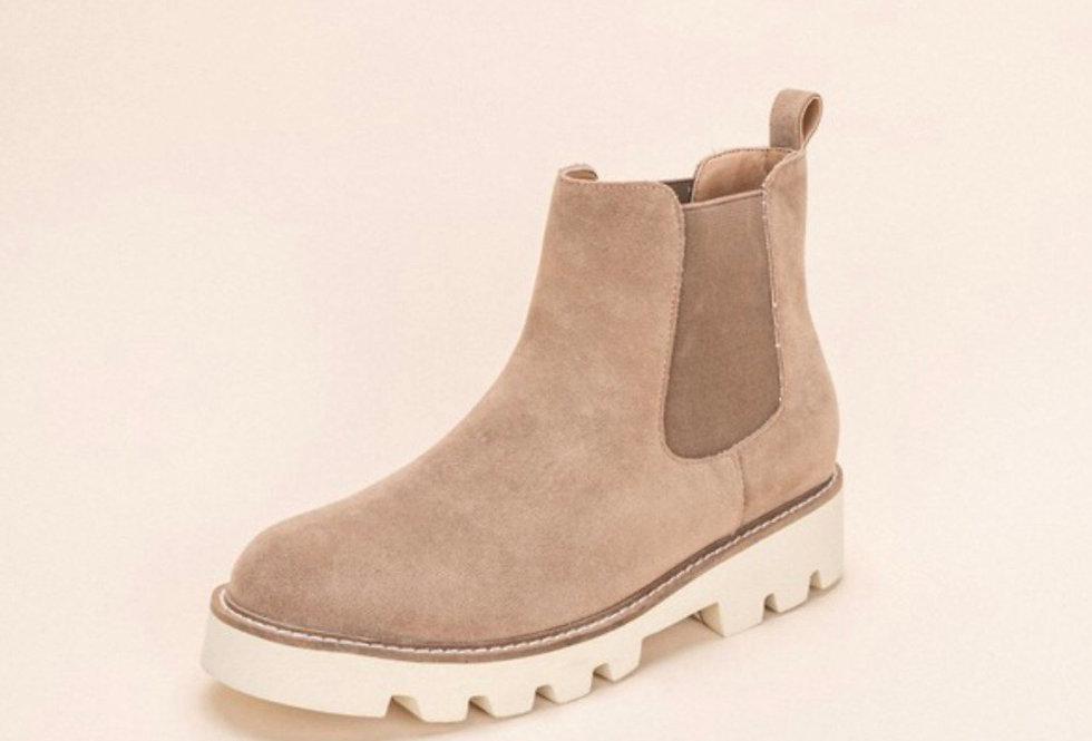 LATTE love chelsea boot