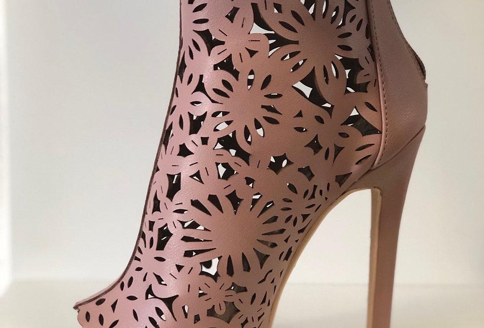new girl heels