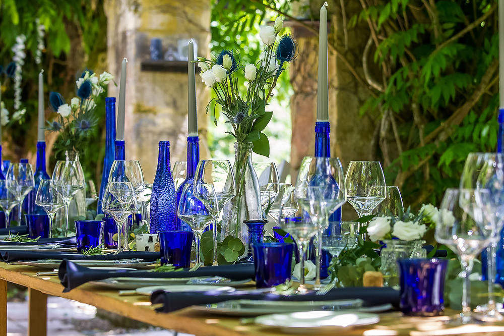 wedding table decorations at forge du roy