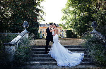 Wedding photographer Lydia taylor Jones South West France Chateau Durantie