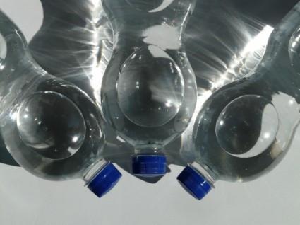 bottles_plastic_bottle_bottle_223181.jpg