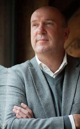 Andreas van den Goorbergh - Robert Gover