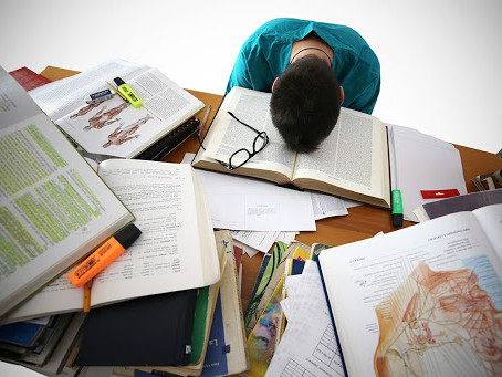 5 Odd Ways to Help Tackle Midterm Procrastination
