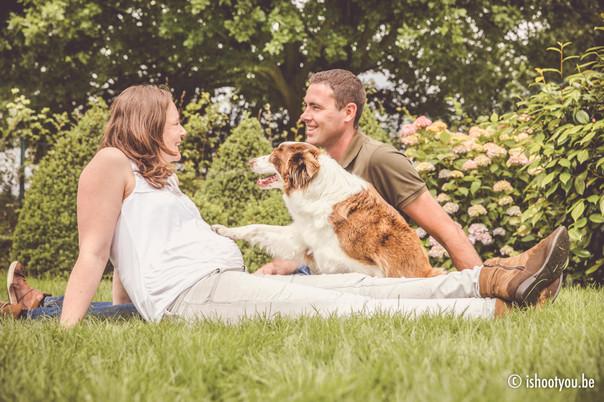 Zwangerschapsfotografie met hond