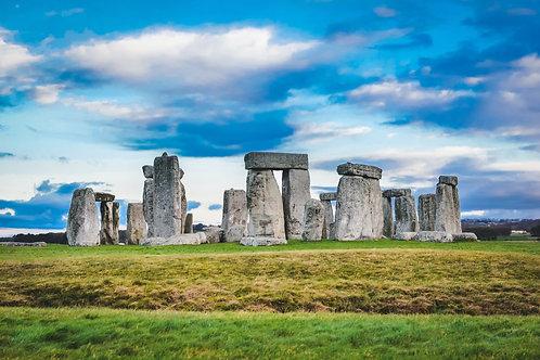 Vibrant Stonehenge, UK