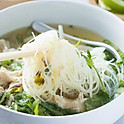 #118 Sliced Chicken Breast Vermicelli Pho