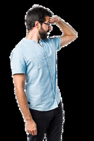hombre-guapo-gafas-azules-mostrando-algo