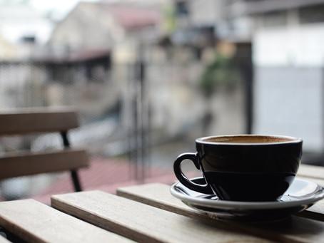 Um Podcast Para Quem Tem Tempo Para um Cafezinho