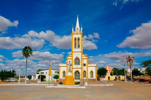 Igreja Amarela e Branca centro da cidade