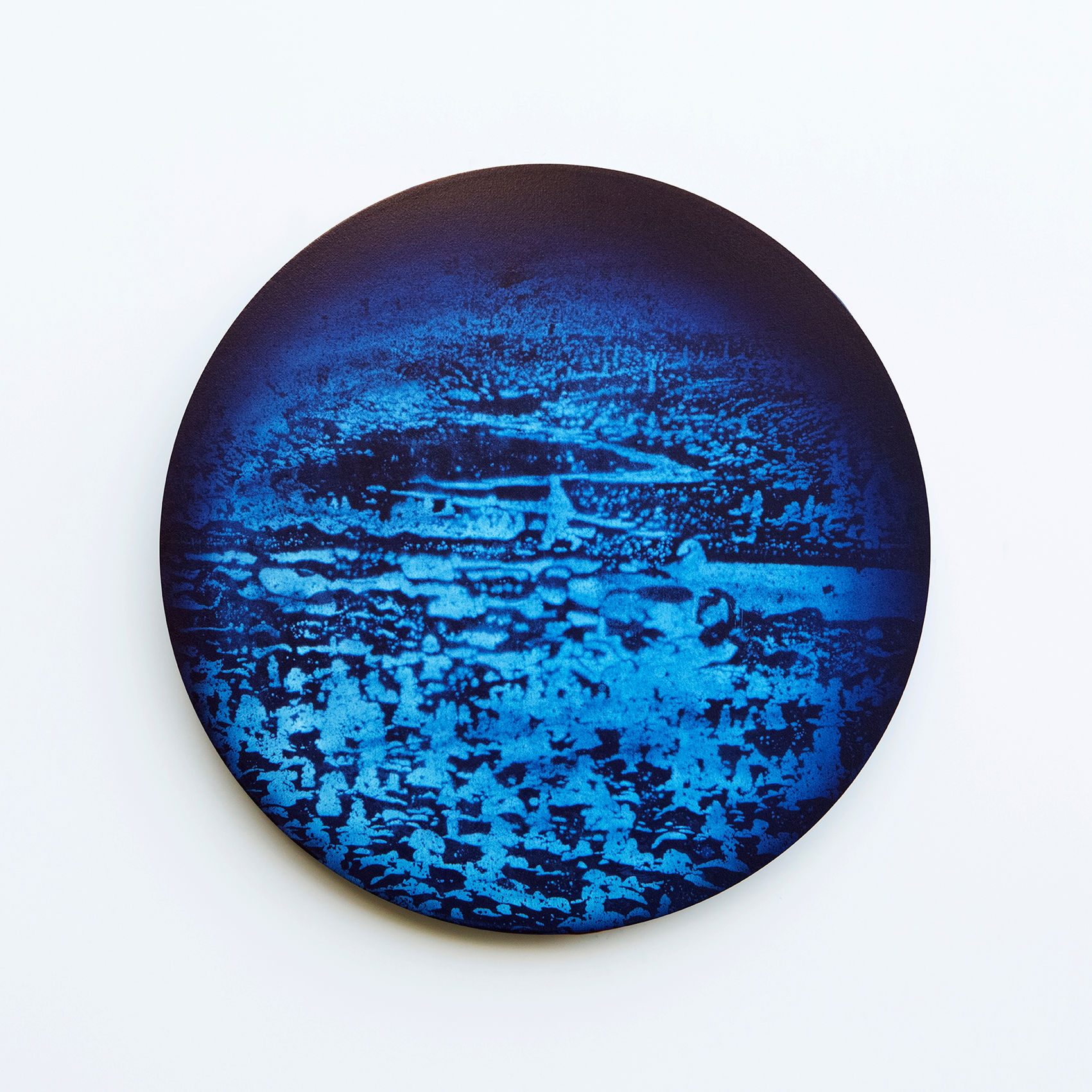 WATERSCAPE 18013_20270821, Diameter 40cm, Traditional pigment, water-print, water-drawing on canvas, 2018