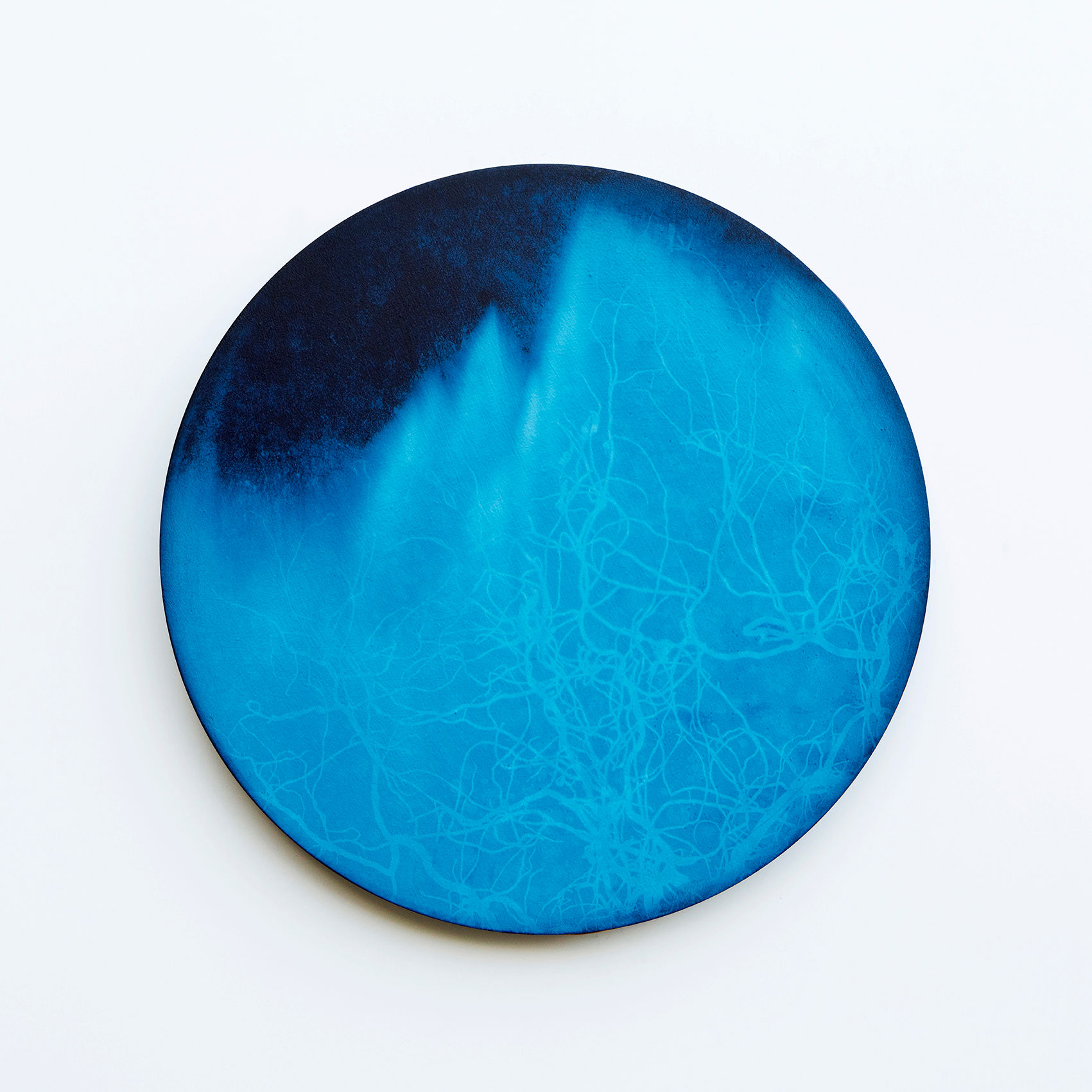 WATERSCAPE_내 안의 바깥 38, Diameter 40cm, Traditional pigment, water-print, water-drawing on canvas, 2018