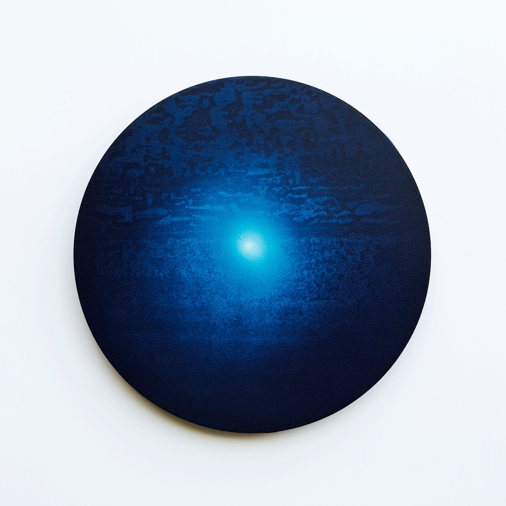WATERSCAPE_내 안의 바깥 15, Diameter 40cm, Traditional pigment, water-print, water-drawing on canvas, 2018