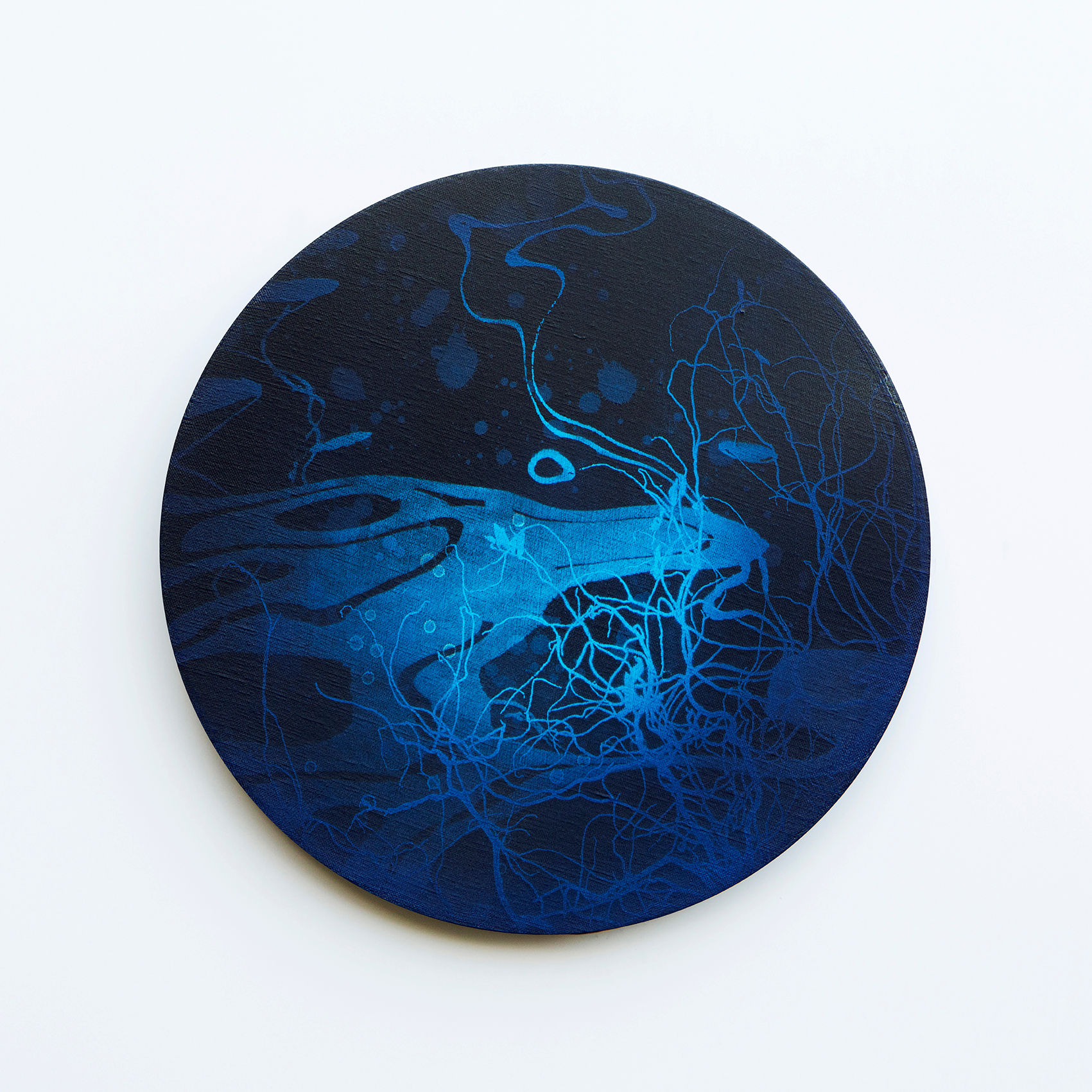WATERSCAPE_내 안의 바깥 07, Diameter 40cm, Traditional pigment, water-print, water-drawing on canvas, 2018