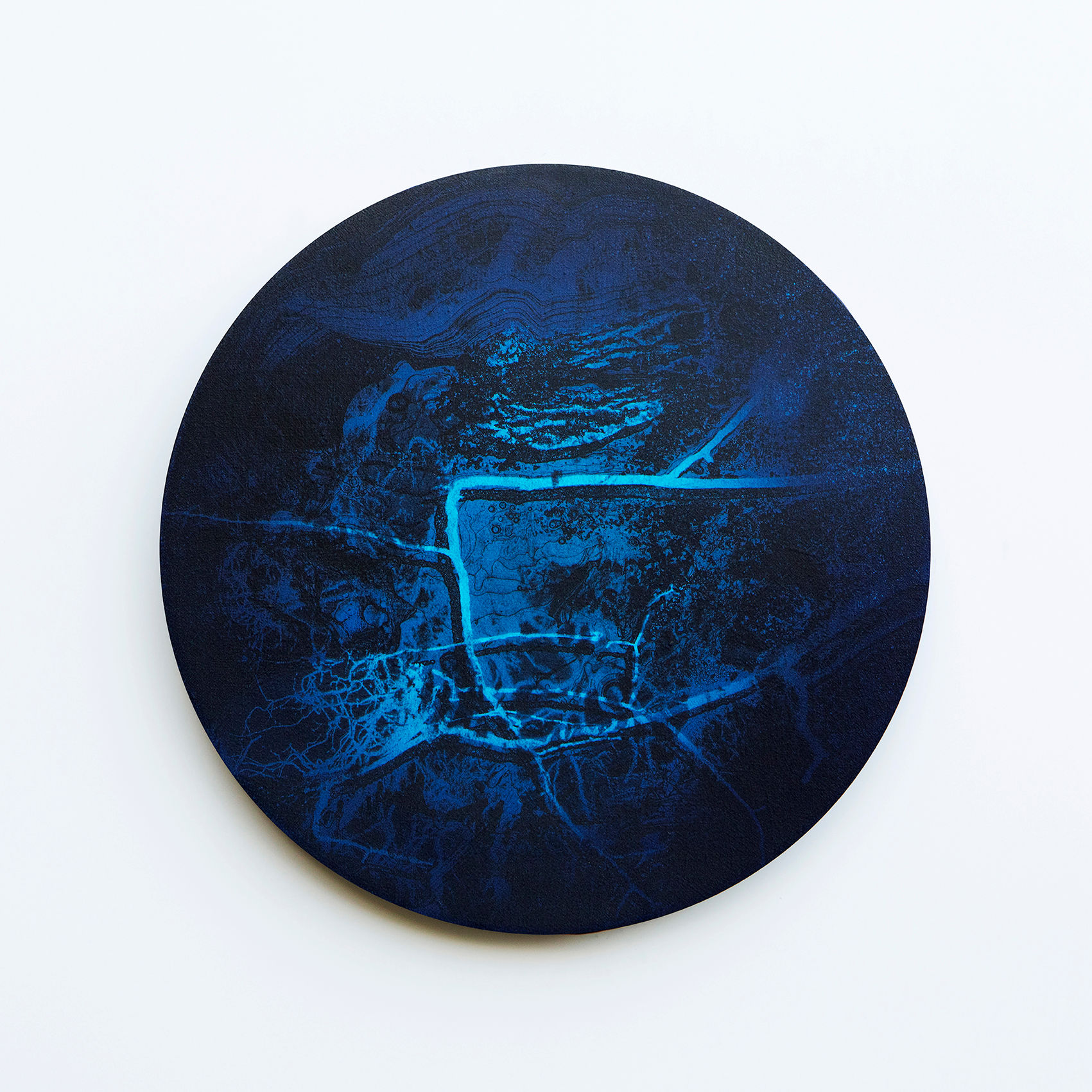 WATERSCAPE_내 안의 바깥 05, Diameter 40cm, Traditional pigment, water-print, water-drawing on canvas, 2018