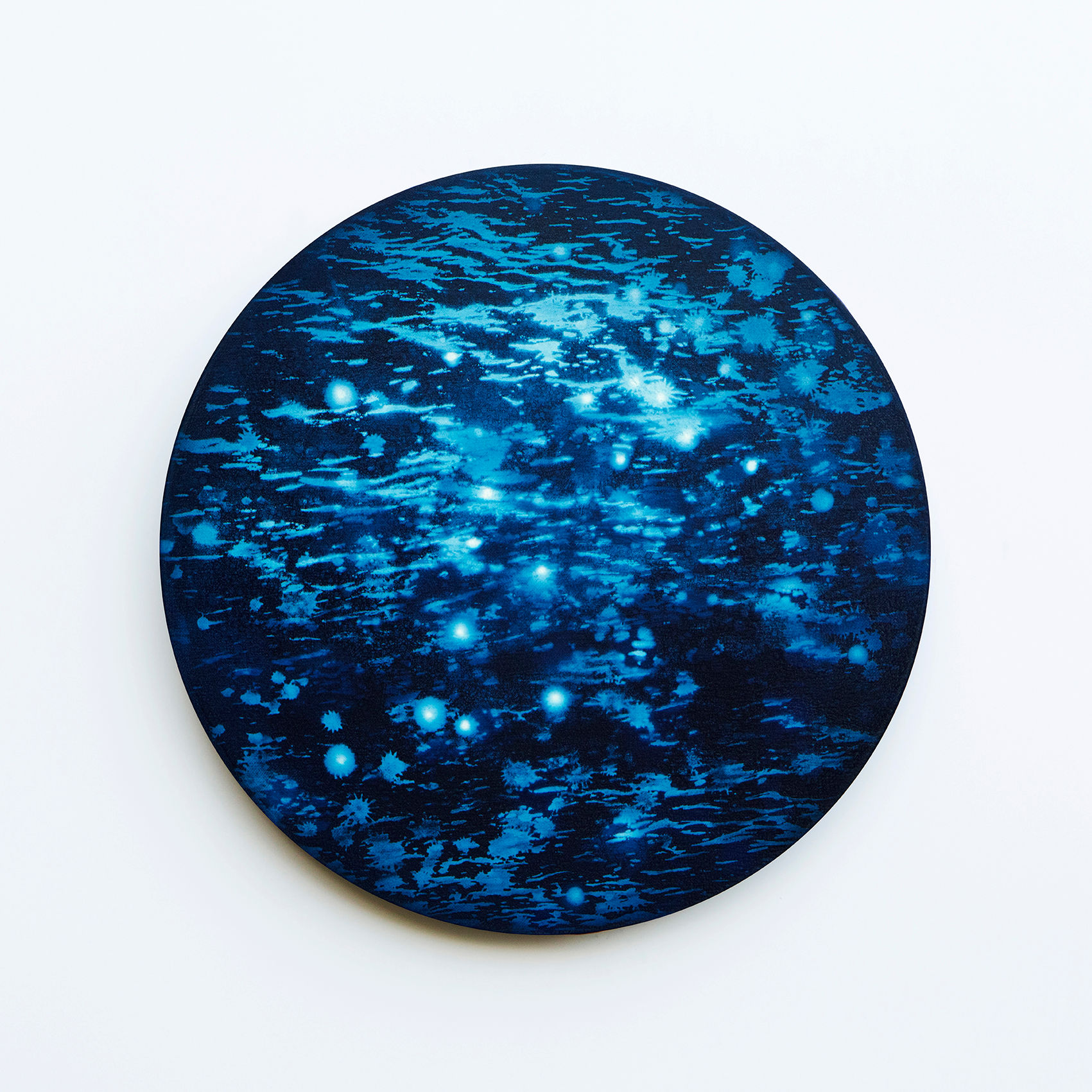 WATERSCAPE_내 안의 바깥 32, Diameter 40cm, Traditional pigment, water-print, water-drawing on canvas, 2018