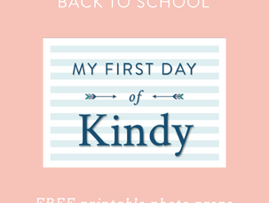 "Back to school planning: ""My First Day"" free printable photo props"