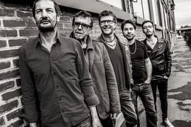 De gauche à droite : Christophe Hubert, Urbain Lambert, Bord, Julien Tekeyan, Axel Elabze