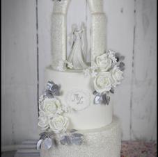 Romantic Arch White