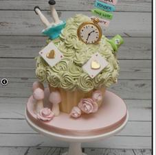 alice giant cupcake