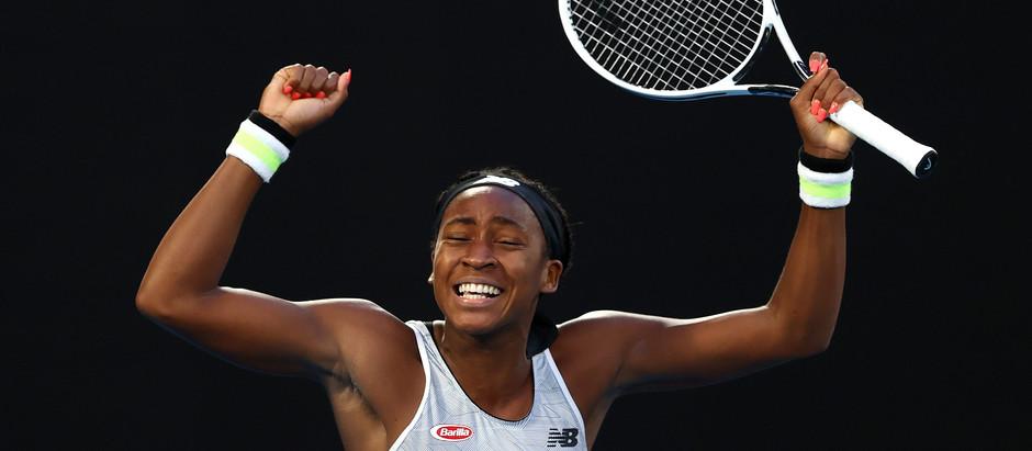 Coco Gauff advances after Brady suffered an injury at the start of the second set