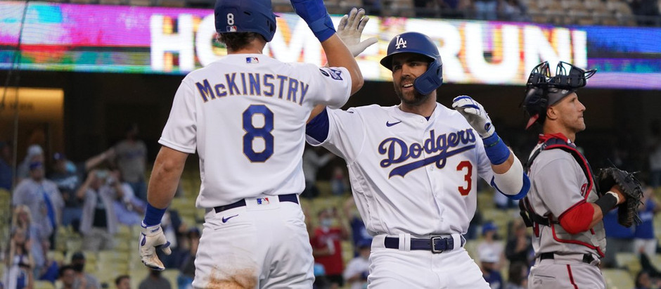 Dodgers' offense wakes up in second game against Nats 9-5