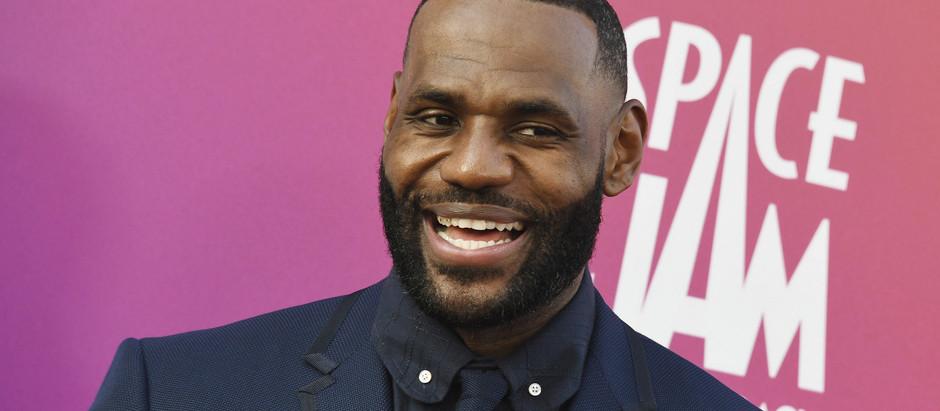 LeBron James defends Zaire Wade
