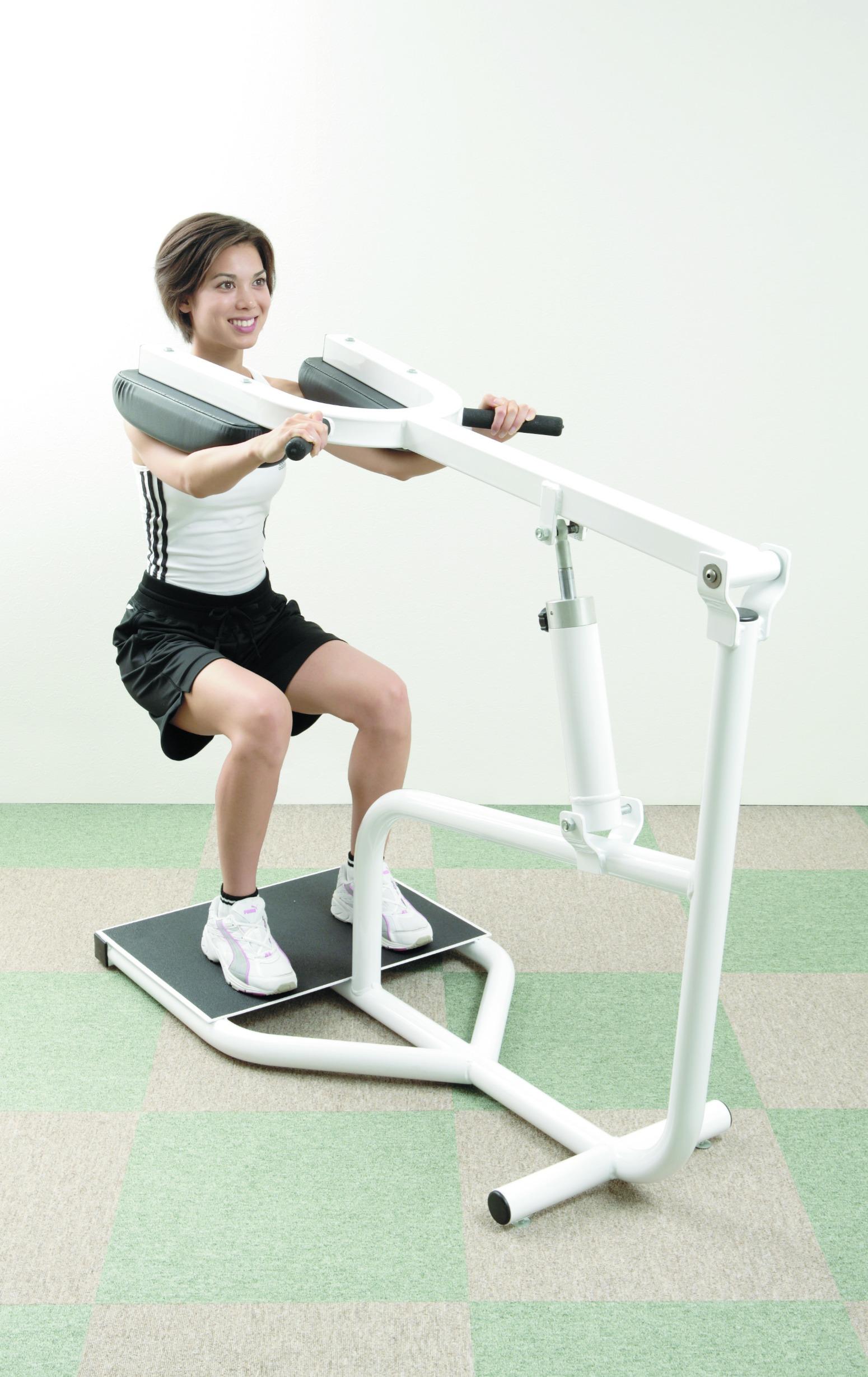 油圧マシン 筋肉トレーニング