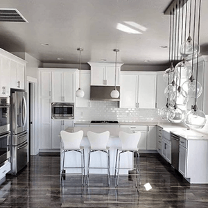 Pickering Ontario professional kitchen cabinet refinishing and spray painting services